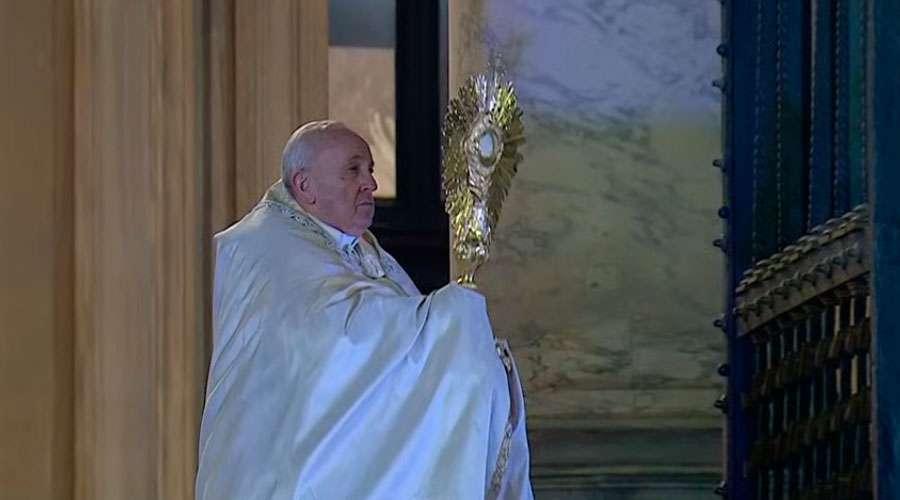 O Papa concede indulgência plenária